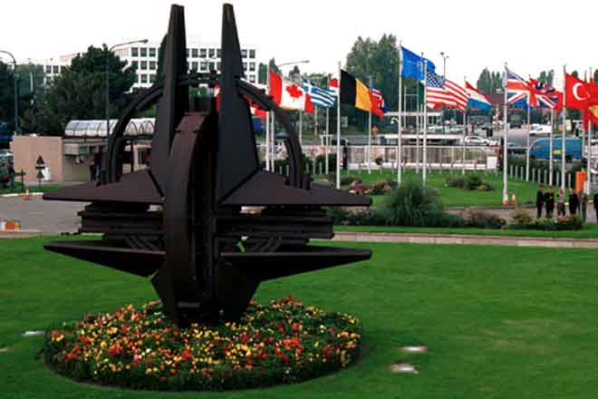Трамп заявил, что США заставят страны НАТО платить свою долю за оборону
