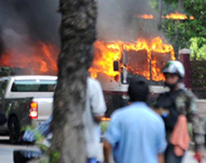ВТаиланде прогремели неменее 10 взрывов
