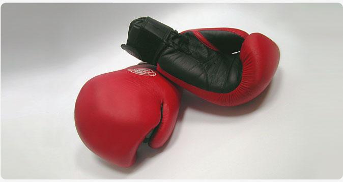 НаБританских островах 17-летний боксер скончался после поединка натурнире