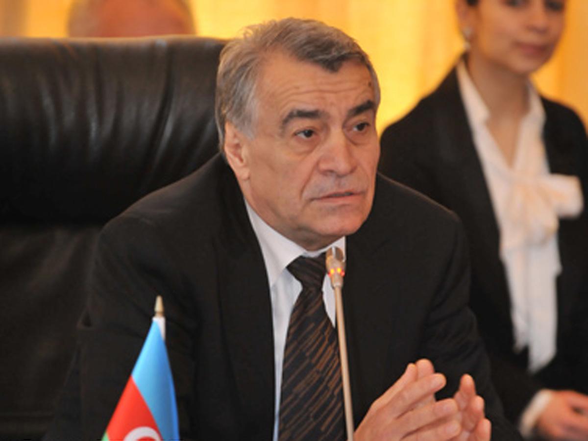 Natiq Əliyev Vyanaya gedəcək - Neftin qiymətinə görə