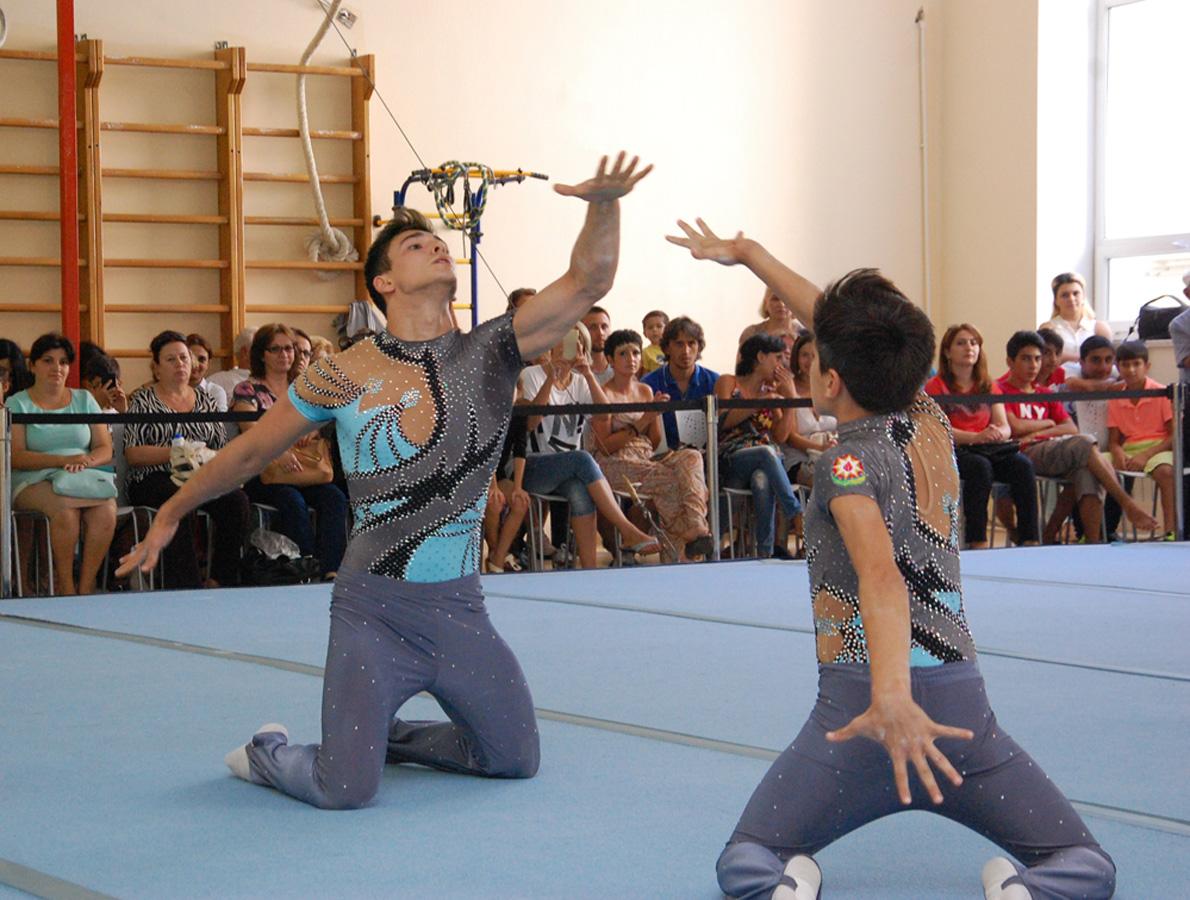 акробатическая гимнастика фото