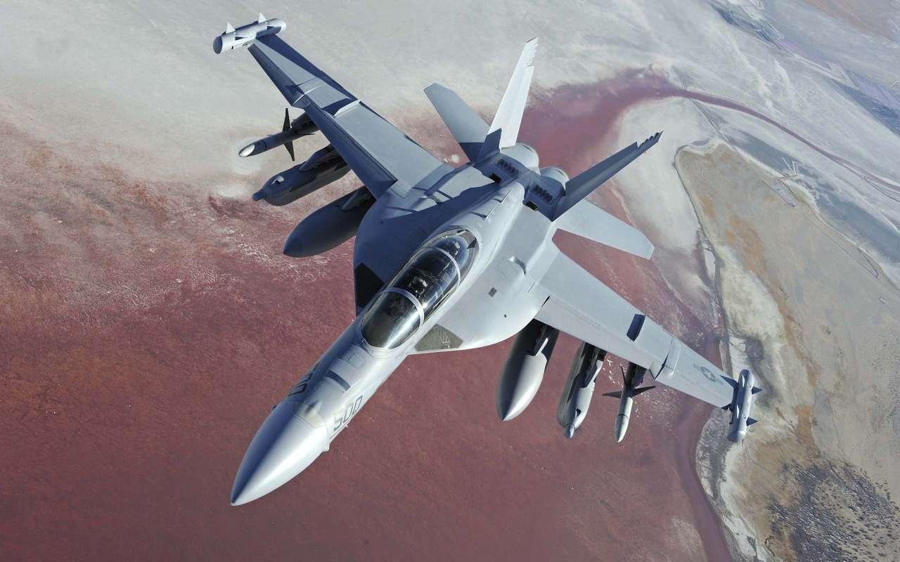 Самолет ВВС США сбил сирийский истребитель - штаб