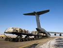 عکس: پنتاگون: در گفتگوی میان ایالات متحده آمریکا  و قرقیزستان درخصوص پایگاه هوایی مناس پیشرفتهایی حاصل شده است / سیاست