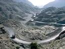 عکس: حمله افراد ناشناس به چهار کامیون حامل سوخت نیروهای ناتو در پاکستان / افغانستان