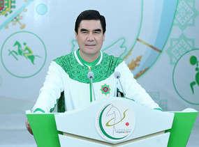 عکس: بردی محمد اف برای 7 سال آینده دوباره رئیس جمهور ترکمنستان شد / ترکمنستان