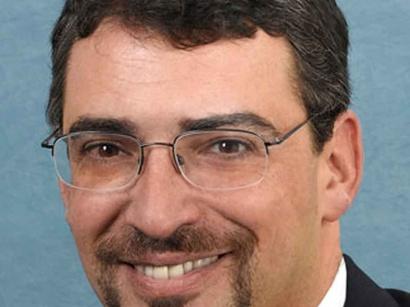 صور: آريل كوهن:مصالحة بين فتح و حماس- بالكاد رفض محادثات السلام مع اسرائيل. / سياسة