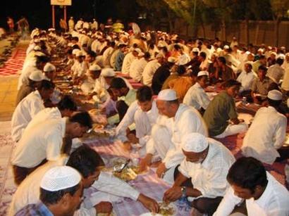 """صور: السودان.. ضيق ذات اليد يسرّع بوأد """"الإفطار الجماعي"""" في رمضان / الاسلام"""