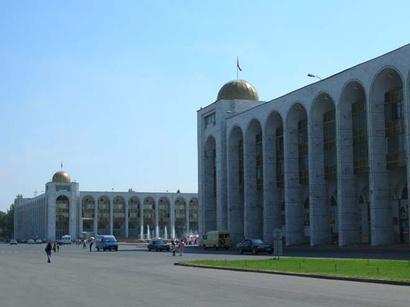 عکس: رژه نظامی بمناسبت 20-مین سالگرد استقلال قرقیزستان در بیشکک بر گزار شد / قرقیزستان