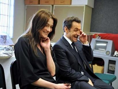 صور: كارلا بروني-ساركوزي تنجب طفلة / مجتمع