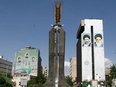 صور: امام جمعة طهران : على الغرب الغاء الحظر على ايران / سياسة