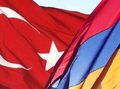 عکس: کارشناسان: ارمنستان با تعلیق تصویب پروتکل ها نمیتواند بر ترکیه فشار وارد کند / سیاست