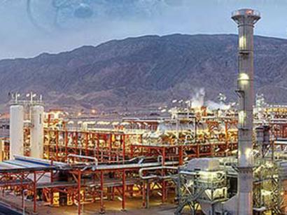 عکس: قرارداد 3/3 ميليارد دلاري براي توسعه پارس جنوبي با خارجي ها منعقد شد / انرژی