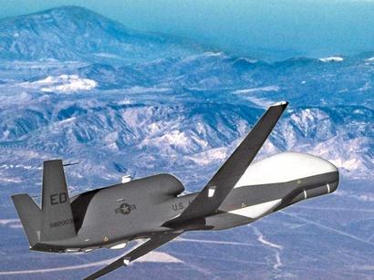 عکس: ابراز نگرانی گیتس از توانایی ایران در زمینه هواپیماهای بدون سرنشین / ایران