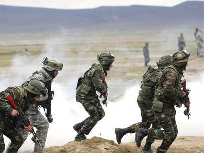 عکس: آموزشهای نظامی آذربایجان، ترکیه و گرجستان در باکو آغاز شد / سیاست