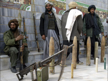 صور: طالبان تحث الافغان على مهاجمة الغربيين  / سياسة