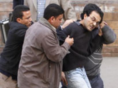 صور: اعتقال فريق بي بي سي في ليبيا / سياسة