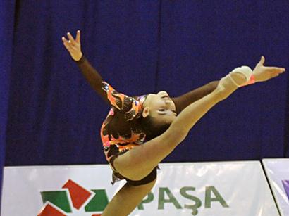 عکس: ژیمناستهای آذربایجانی در یک مسابقه بین المللی  18 مدال کسب کردند / اجتماعی