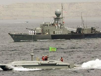 عکس:  کمک نیروی دریایی ایران به یک کشتی آمریکایی در دریای عمان / ایران