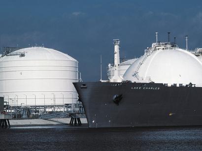 عکس: توافق ایران و روسیه برای راه اندازی طرحهای مینی LNG / روسیه
