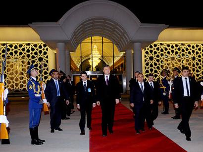 عکس: سفر رسمی رئیس جمهور اوکراین به آذربایجان به پایان رسید / کشورهای دیگر