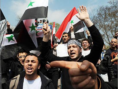 صور: نقابة المحامين الاردنيين تنظم اعتصاما للتضامن مع الشعب السوري / سياسة
