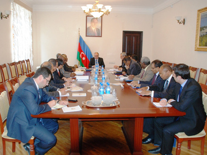 عکس: وزیر خارجه آذربایجان: مناقشه قره باغ کوهستانی فقط در چهارچوب تمامیت ارضی آذربایجان میتواند حل شود / قره باغ کوهستانی