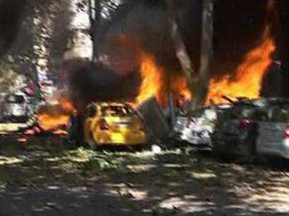 صور: انتحاريان يقودان سيارة ودراجة نارية حاولا اقتحام السفارة الايرانية ففجرا نفسيهما امامها / أحداث