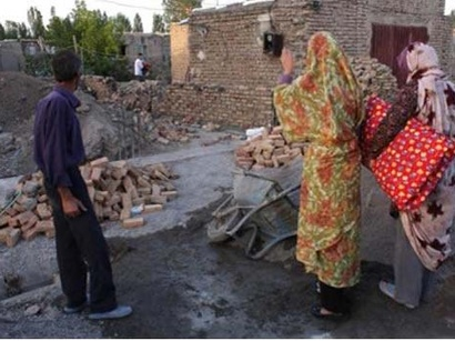 عکس: زلزله پنج و یک دهم ریشتری در ورزقان تا کنون ۵۰ مجروح بر جا گذاشته است / ایران