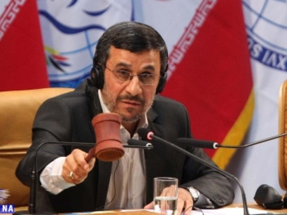 """صور: احمدي نجاد : ايران من الدول المتقدمة في صناعة الـ """" CNG """" / البرنامج النووي"""