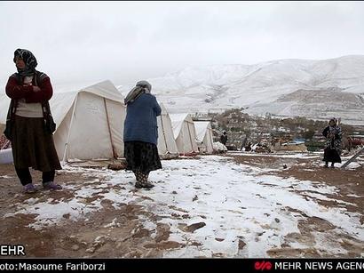 عکس: برف زمستانی در مناطق زلزله زده آذربایجان در ایران (گزارش تصویری) / تصویری