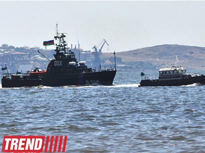 عکس: وزارت دفاع در واکنش به ایران:  تجهیزات نظامی آذربایجان در خزر تهدیدی برای کشورهای دیگر نیست / سیاست
