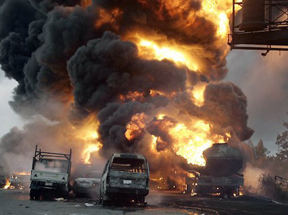 عکس: انفجار تانکر سوخت در خرمآباد / حوادث