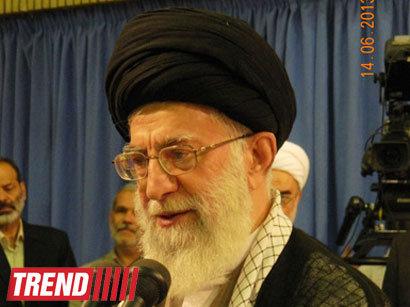 صور: علي الخامنئي  يؤكد على دعم ايران للعراق في مواجهة الارهاب / سياسة