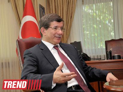 عکس:    سفر وزیر خارجه ترکیه به جمهوری آذربایجان / سیاست
