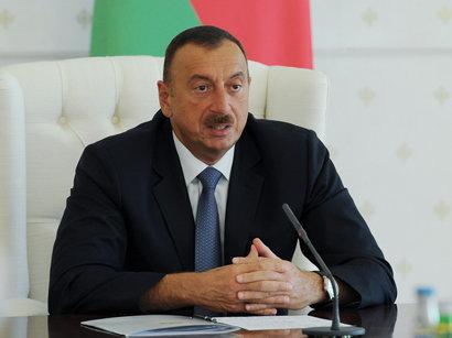 عکس: رئیس جمهور آذربایجان معاون وزیر خارجه ایران را به حضور پذیرفت / سیاست