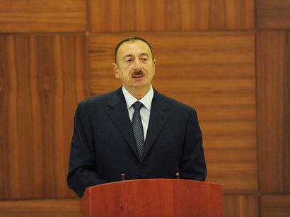 عکس: رییس جمهور آذربایجان از حضور شرکت های ایرانی در نمایشگاه نفت و گاز این کشور استقبال کرد / ایران