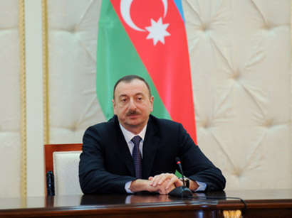 صور: الرئيس إلهام علييف يلتقي نظيره اللاتفي / سياسة