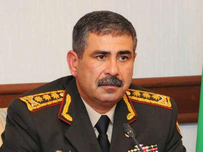 """صور: وزير الدفاع الاذربيجاني يعقد عدة لقاءات على هامش معرض """"إديف-2015"""" / سياسة"""