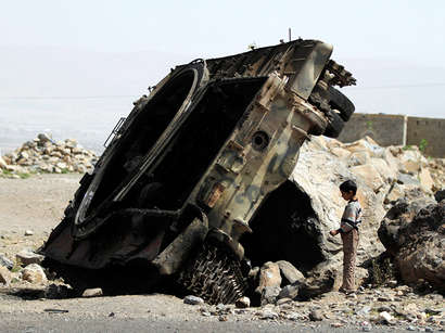 صور: غارات للتحالف على مواقع للحوثيين بعدن والحديدة / أحداث