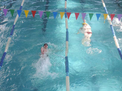 عکس: مسابقات شنا آغاز شد (پخش زنده) / آذربایجان