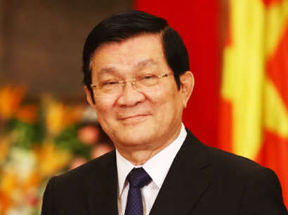 صور: وصول الرئيس الفيتنامي في زيارة رسمية الى أذربيجان / سياسة