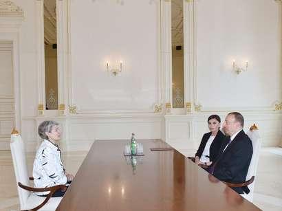 صور: الرئيس إلهام علييف يجتمع مع المديرة العامة لليونسكو  / سياسة