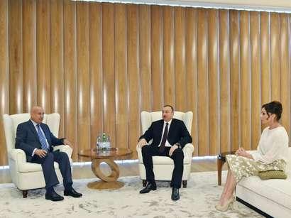 صور: الرئيس إلهام علييف يلتقي مدير عام منظمة الإيسيكو / سياسة