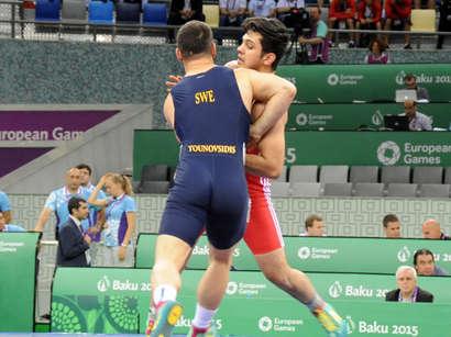 صور: اللاعبون الأتراك يواصلون إحراز الميداليات في دورة الألعاب الأوروبية / تركيا