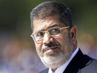 """صور: محكمة مصرية تحكم بالإعدام على البلتاجي والشاطر وعبد العاطي و""""المؤبد"""" لمرسي وبديع / سياسة"""