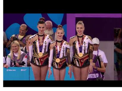 عکس: مقام قهرمانی آکروبات بازهای زن بلژیک در بازیهای اروپایی / کشورهای دیگر