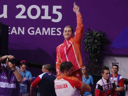 صور: جمبازي أذربيجاني يمنح أذربيجان الميدالية الذهبية رقم 14  / سياسة