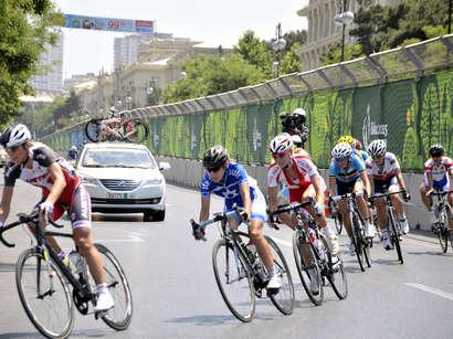 صور:  الإسباني لويس سانشير يفوز بذهبية سباق الطريق في دورة الالعاب الاوروبية الاولى / مجتمع