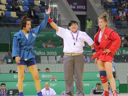 عکس: چهارمین ورزشکار سامبو آذربایجان به دور نهایی راه یافت (تصویری) / آذربایجان