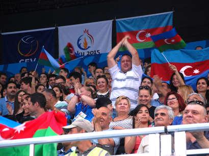 صور:  لاعبات الكرة الطائرة التركيات تحرزن المركز الاول في دورة الالعاب الاوروبية الاولى  / مجتمع